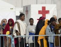 Warships rescue thousands off Libya coast