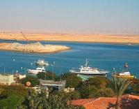 Suez Canal sets LNG carrier transit toll discount