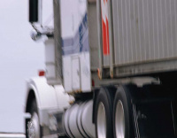 Falling oil price could lower Lebanon's transport fees