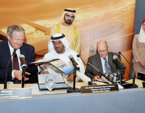 Emirates kicks off Dubai Airshow with Boeing 777 order