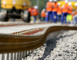 Oman prequalifies 23 consortiums for rail project