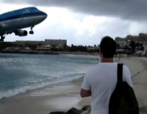 VIDEO SPECIAL: World's 8 Most Dangerous Airports