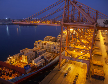 Oman operates 200 direct weekly services to 86 ports