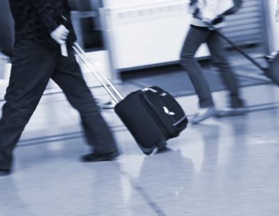 Allegedly drunk pilots arrested before flight