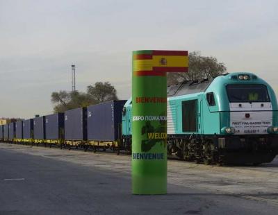 Successful first round trip on world's longest railway