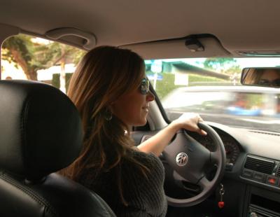 UAE drivers 'should retake test every five years'