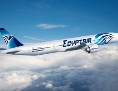 Egypt Air plane damaged on approach to Jeddah