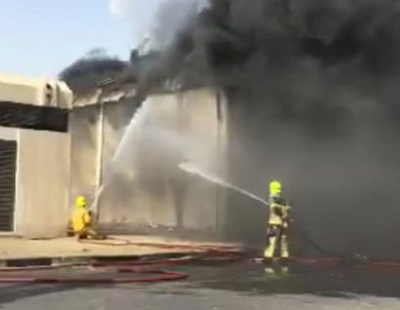 Toyota service centre threatened by warehouse fire