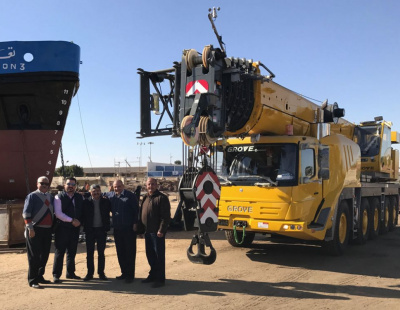 Suez Shipyard Company chooses Grove cranes