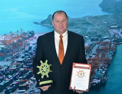 Gulftainer MD wins Golden Helm Excellence award