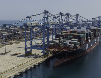 Port Khalifa receives first ARMG and STS cranes for new COSCO terminal