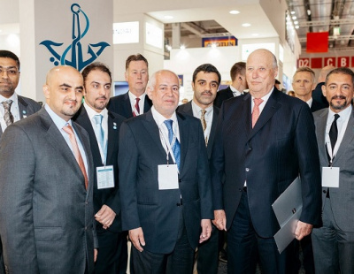 Norwegian king visits DMCA stand at Nor-Shipping