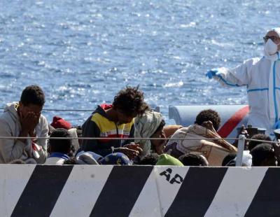 700 people feared dead in shipwreck off Libya