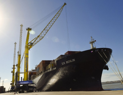 BIG PIC: World's largest mobile harbour crane launched