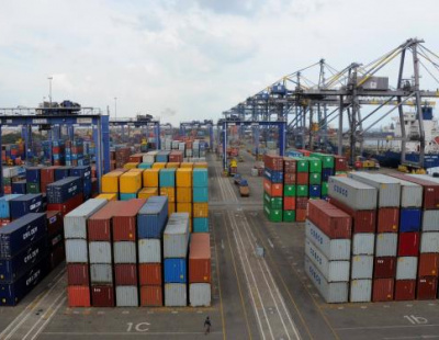 Saudi imports and non-oil exports fall