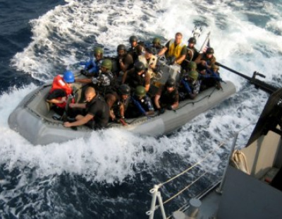 Saudi ship in piracy scare