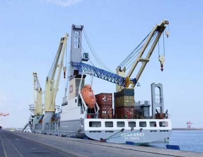 New crane arrives at multipurpose cargo terminal