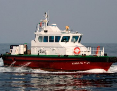 Focus on green tugs in Abu Dhabi