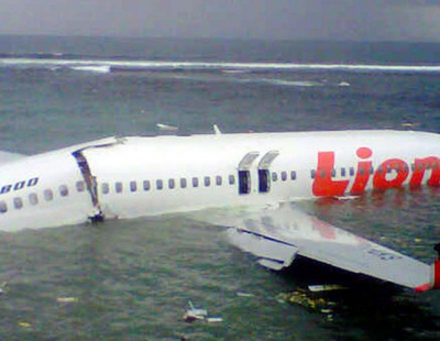 WATCH: Lion Air crashes into the sea in Bali