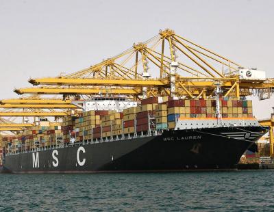 Dubai exports, re-exports hit three-year high