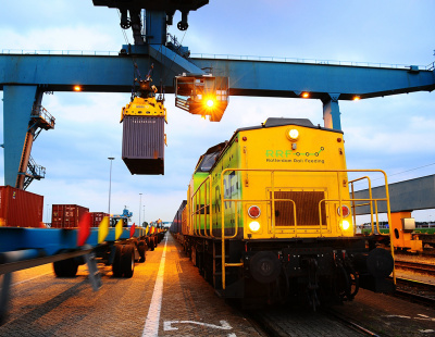 DP World's Rotterdam World Gateway opens rail terminal