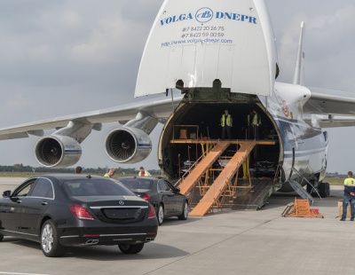 PICS: Volga-Dnepr deliver 30 Mercedes for president's inauguration
