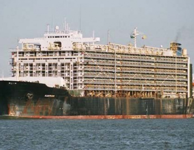 Middle East livestock ships targeted by Australian officials