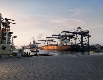 Albwardy Damen becomes first ship repair company in SOHAR Port & Freezone