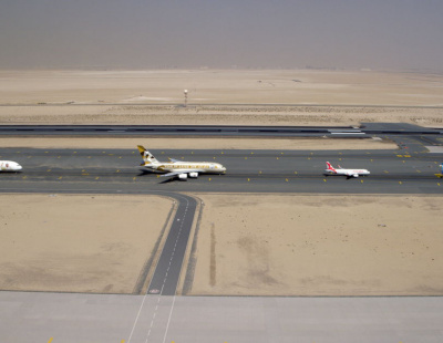 Video: Emirates, Etihad, flydubai and Air Arabia break aviation record