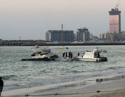 Video: Another yacht sinks in Dubai