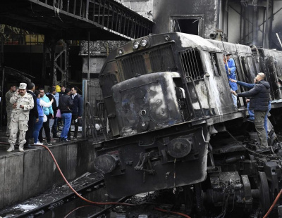 VIDEO: Rail rage between train conductors causes massive fire in Cairo