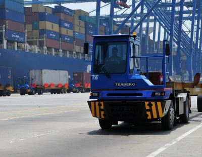 GT USA orders 16 terminal tractors from Terberg Tractors Americas