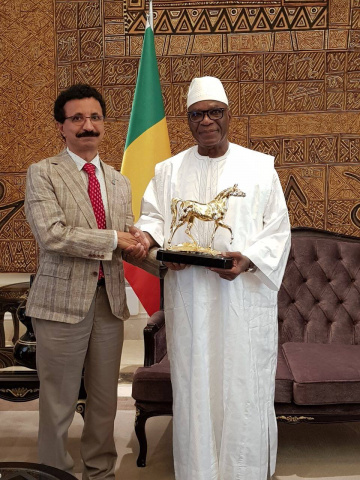 Following his visit to Senegal, Bin Sulayem travelled to Mali, where he met with the President of Mali, Ibrahim Boubacar Keta, to discuss a trade and logistics master plan to unlock the resource rich countrys economic potential.