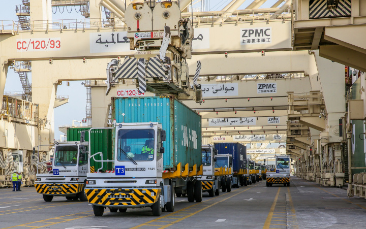 DP World has ordered 238 new terminal tractors for Jebeli Ali Port.