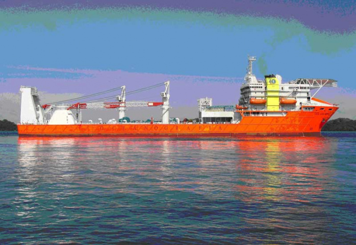 The OSA Goliath is equipped with a 2000-tonne crane to assist with deepwater installations.