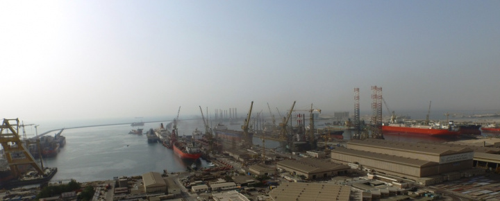 Drydocks World has services 40 vessels simultaneously in its Dubai shipyard, more than ever before in the group's history.