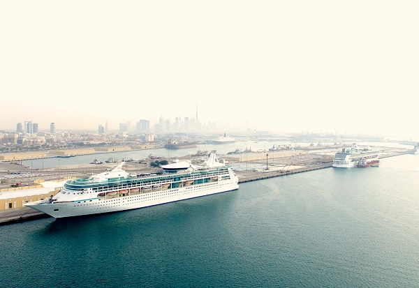 Legend of the Seas was in port in Dubai at the same time as her fleet mate and sister ship Vision of the Seas