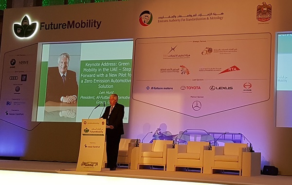 Len Hunt, president, Al-Futtaim Automotive Group presents the hydrogen fuel cell plan at the 2nd International Conference on Future Mobility.