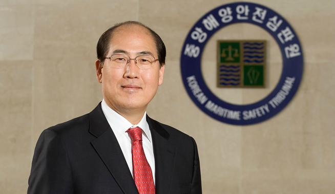 South Korea's Lim Ki-tack has been selected to replace Japan's Koji Sekimizu as secretary-general of the International Maritime Organisation