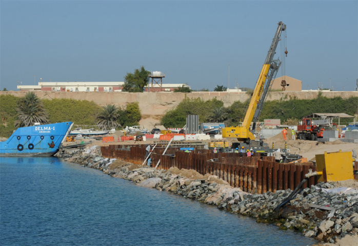 An image of the work underway at Mugharrag Port.