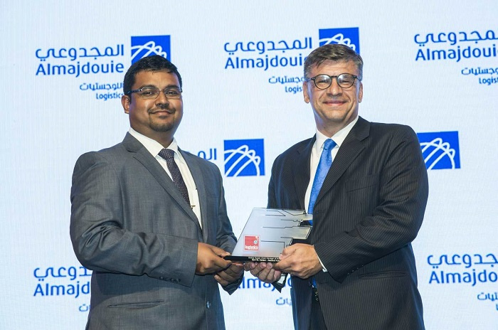 Neutral Fuels CEO Karl Feilder (right) accepting the award for Energy Supply Chain of the Year at the Logistics Middle East Awards.