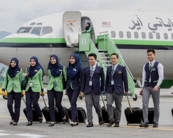 A new low-cost airline has been launched in Malaysia, claiming to be the world's first fully Sharia compliant air carrier.