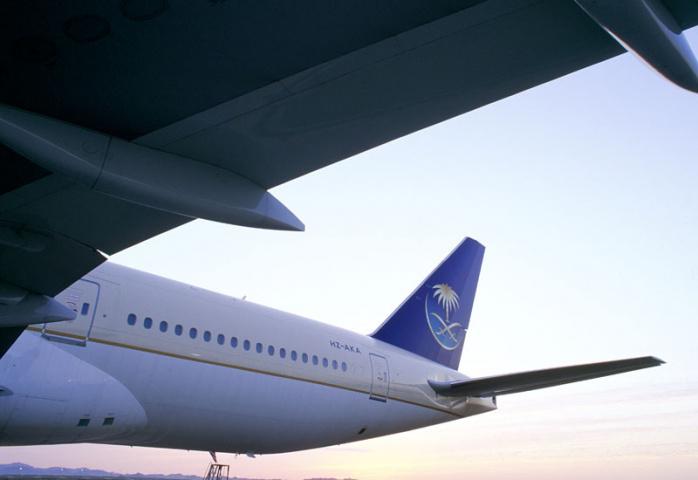 Saudi arabia airlines, Smoke, NEWS, Aviation
