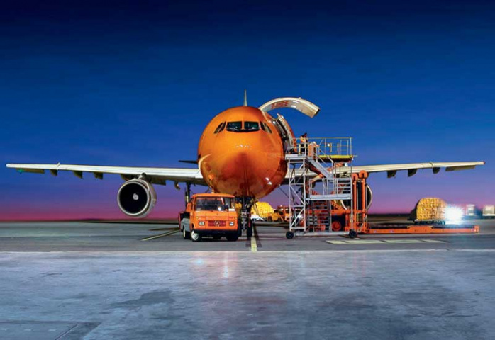 TNT has signed a deal that will strengthen its US express network.