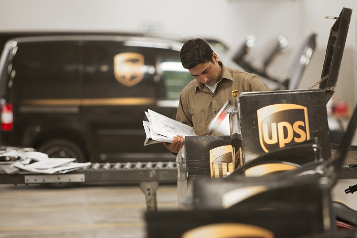 UPS has specialised routing software that favours right turns over left.