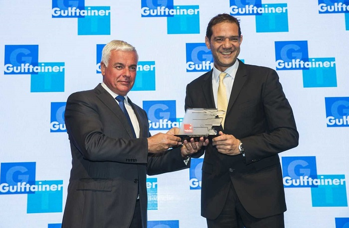 Mohammed Kamal, general manager, Middle East, Indian Subcontinent and Africa, UPS, collects the award.