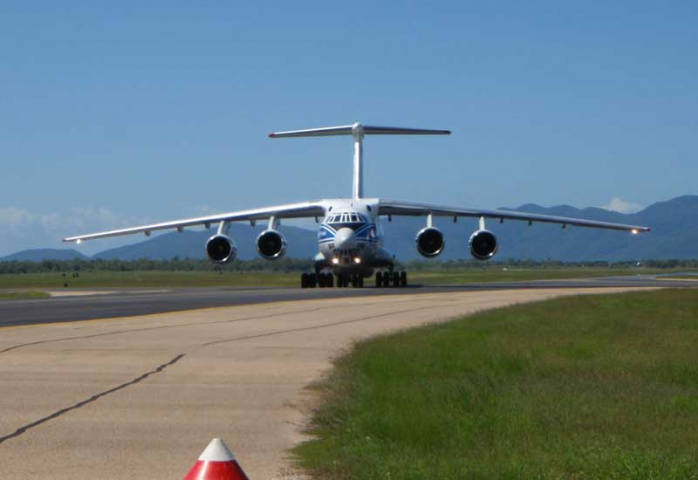 The Il-76TD-90VD touches down in New Caledonia.