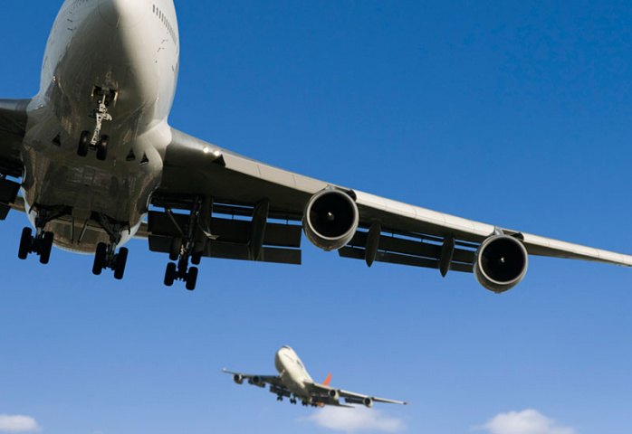 IATA says aviation growth in Middle East threatened by airspace congestion.