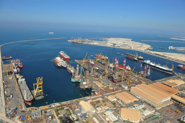 Seatrade Awards single out Drydocks World for Clean Shipping Award on the back of Chariot Robotics investment