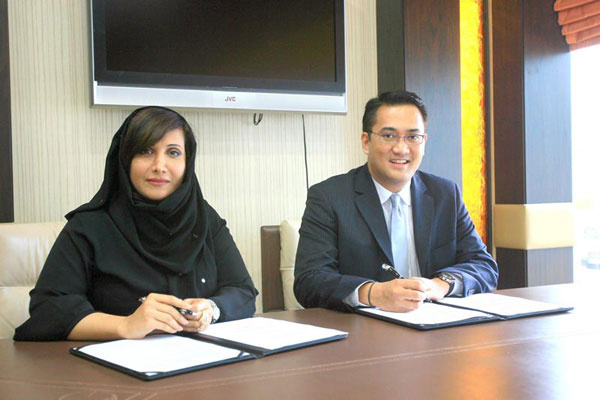 Salma Hareb, CEO Jafza and Economic Zones World with Armand Arreza, CEO Subic Bay Metropolitan Authority